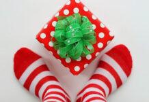 Poradnik prezentowy - kolorowe skarpetki idealnym pomysłem
